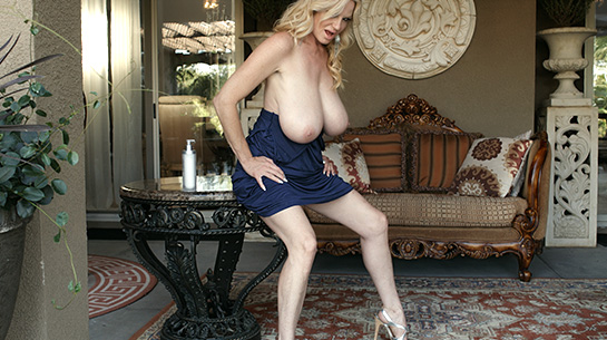 Kelly madisoncom isiah maxwell pounds big tit milf039s pussy - 2 part 5